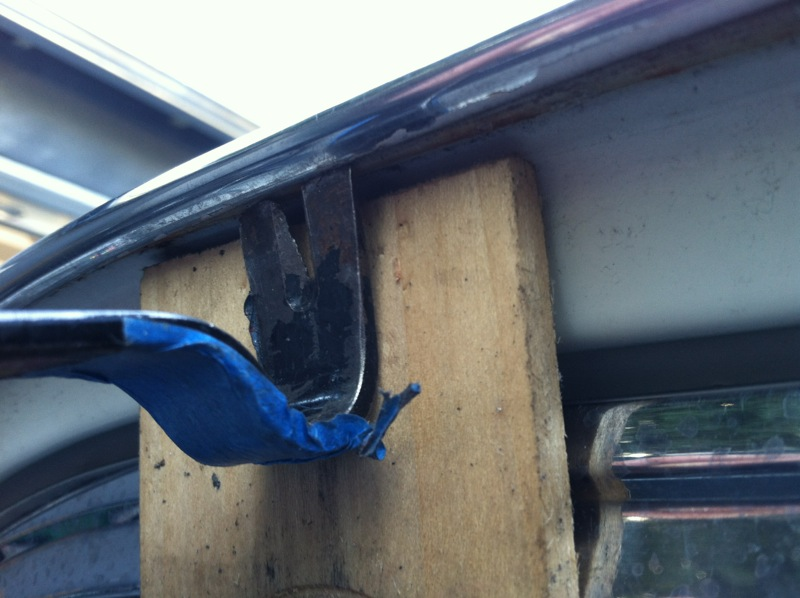 411_body_gutter_trim_remove_2.jpg